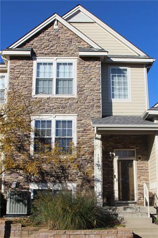 15804 Robinson Street, Overland Park, KS 66223 (#2136534) :: Edie Waters Network