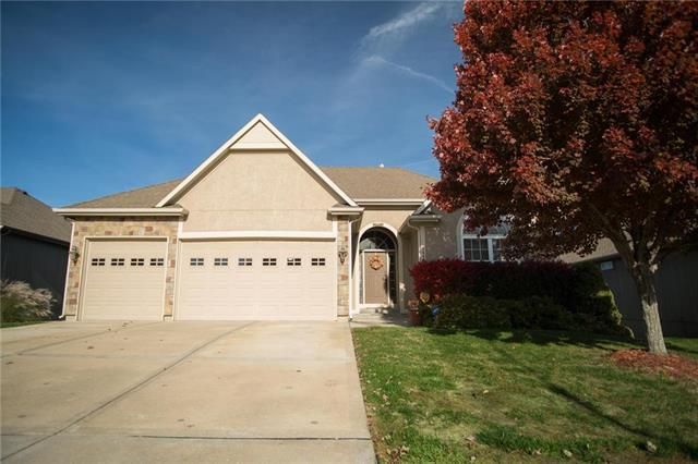 1446 Brompton Lane, Raymore, MO 64083 (#2136651) :: No Borders Real Estate
