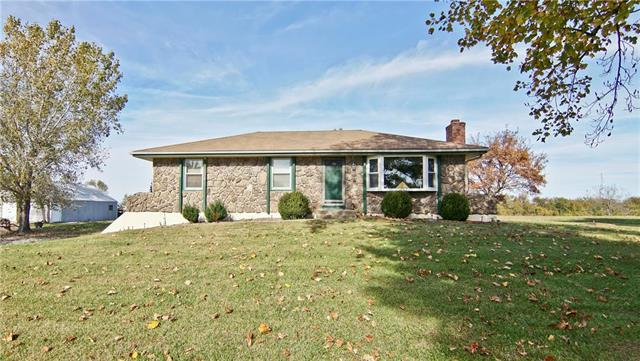 31208 State Route 7 Highway, Garden City, MO 64747 (#2136684) :: Ask Cathy Marketing Group, LLC