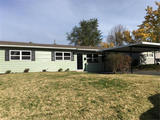 5130 Dodson Avenue, Kansas City, KS 66106 (#2136858) :: Edie Waters Network