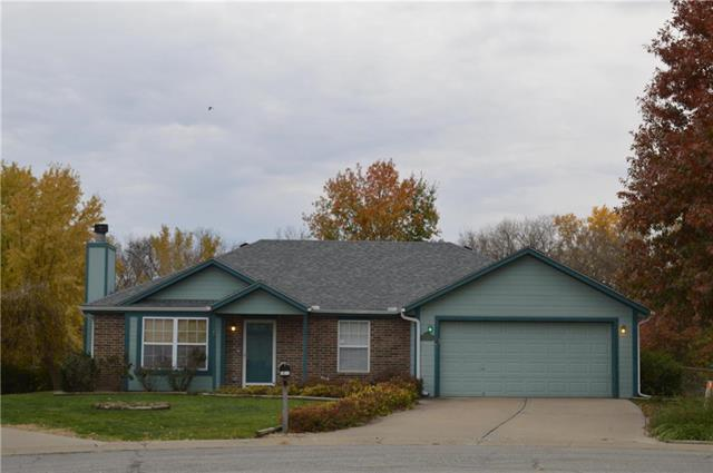 1017 Rock Creek Lane, Grain Valley, MO 64029 (#2136955) :: House of Couse Group