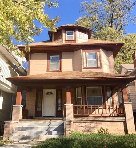 2809 Brooklyn Avenue, Kansas City, MO 64109 (#2136970) :: Edie Waters Network