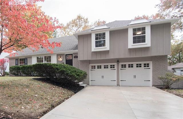 6324 W 101st Place, Overland Park, KS 66212 (#2137206) :: No Borders Real Estate
