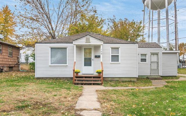 109 Berry Avenue, Belton, MO 64012 (#2137240) :: No Borders Real Estate