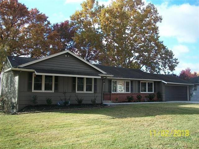 1009 W 100th Terrace, Kansas City, MO 64114 (#2137379) :: No Borders Real Estate
