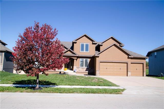 9041 NW Seymour Avenue, Kansas City, MO 64153 (#2137538) :: No Borders Real Estate