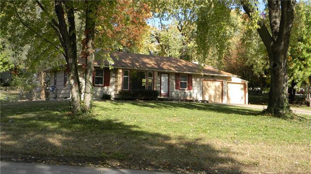 10104 Wheeling Avenue, Kansas City, MO 64134 (#2137564) :: No Borders Real Estate