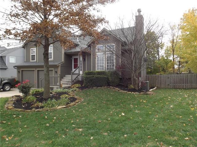 20691 W 220th Street, Spring Hill, KS 66083 (#2137856) :: Char MacCallum Real Estate Group