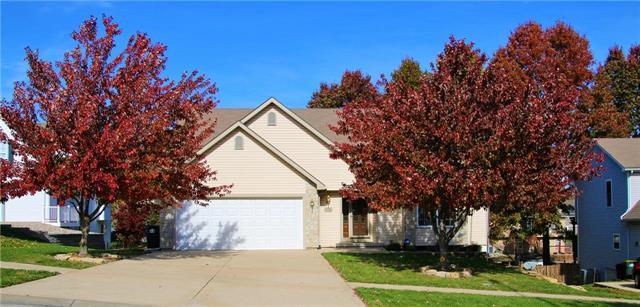 718 Brookwood Street, Lansing, KS 66043 (#2137870) :: No Borders Real Estate
