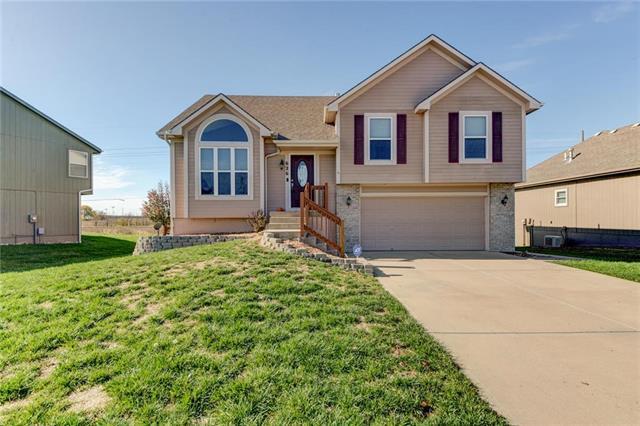 626 N Poplar Street, Gardner, KS 66030 (#2137978) :: Char MacCallum Real Estate Group