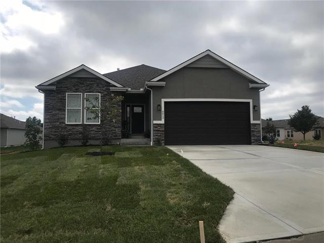 2409 NW Sunnyvale Court, Blue Springs, MO 64015 (#2138097) :: No Borders Real Estate