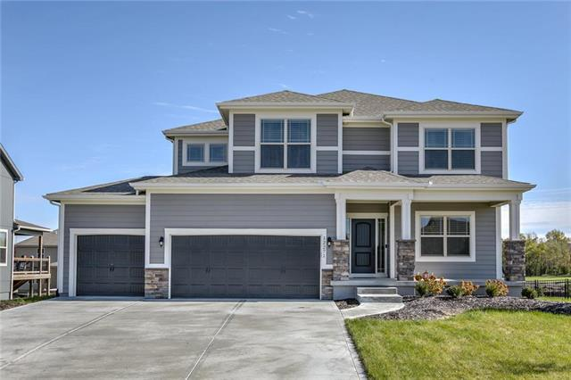 12271 S Pine Street, Olathe, KS 66061 (#2138188) :: No Borders Real Estate