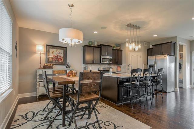 326 N Laurel Street, Gardner, KS 66030 (#2138197) :: Char MacCallum Real Estate Group