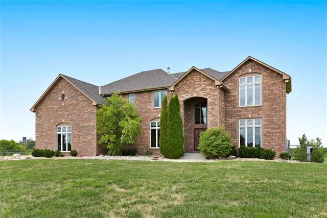 14130 S Spoon Creek Road, Olathe, KS 66061 (#2138607) :: No Borders Real Estate