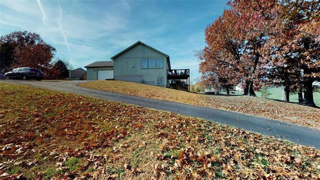 4150 Tonganoxie Drive, Leavenworth, KS 66048 (#2138608) :: No Borders Real Estate