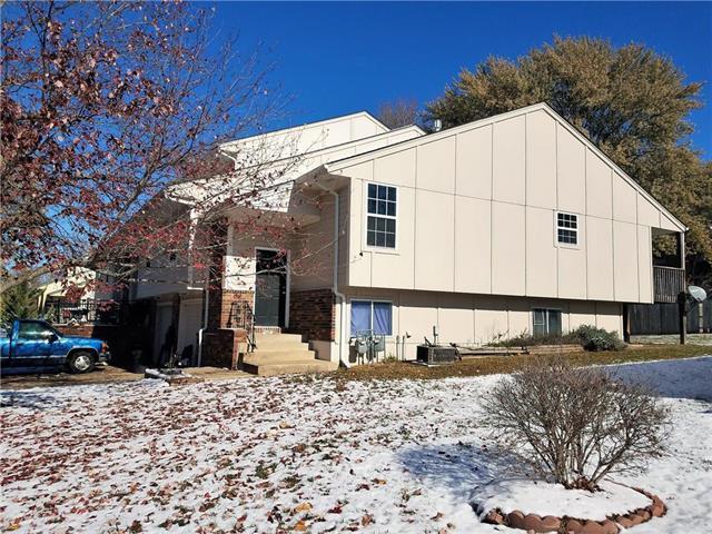 2816 NW 4th Street Terrace, Blue Springs, MO 64014 (#2138871) :: Edie Waters Network