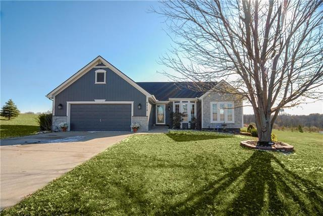 6219 NE 156th Street, Smithville, MO 64089 (#2138872) :: Kansas City Homes