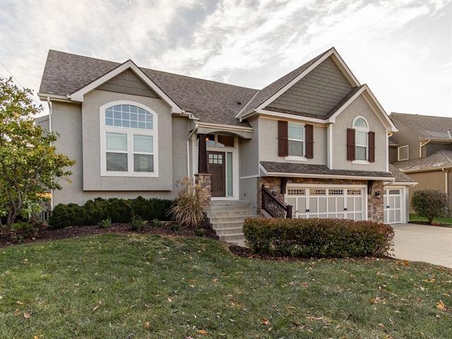 5503 Chouteau Street, Shawnee, KS 66226 (#2138903) :: Kedish Realty Group at Keller Williams Realty