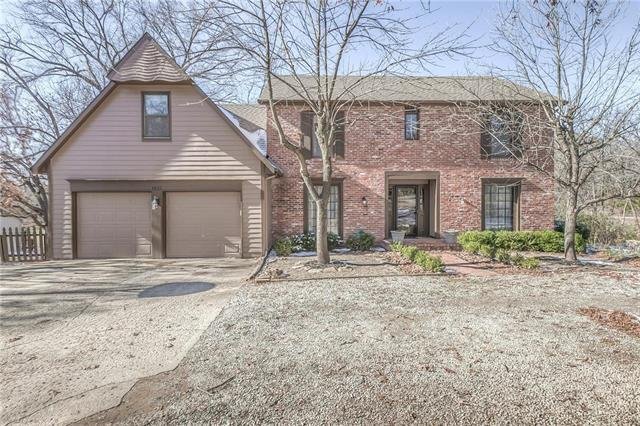 6822 Bell Road, Shawnee, KS 66217 (#2138928) :: Char MacCallum Real Estate Group
