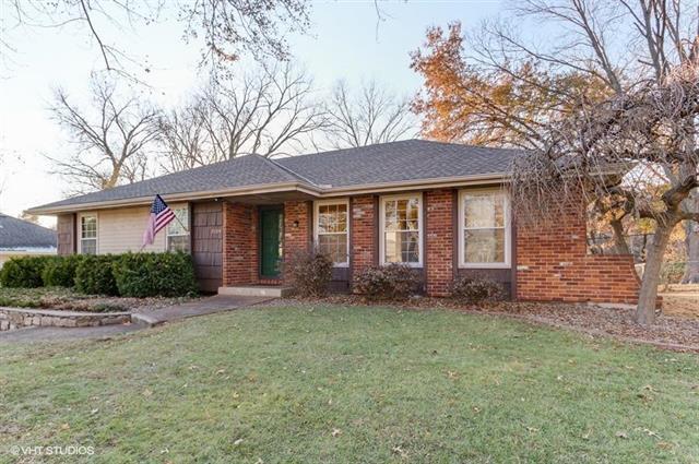 7204 N Woodland Avenue, Gladstone, MO 64118 (#2138959) :: Kansas City Homes