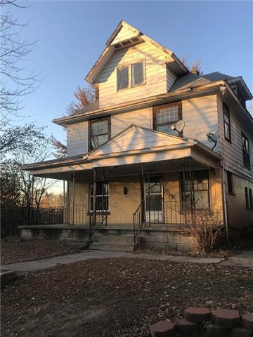 650 Oakland Avenue, Kansas City, KS 66101 (#2138964) :: Edie Waters Network