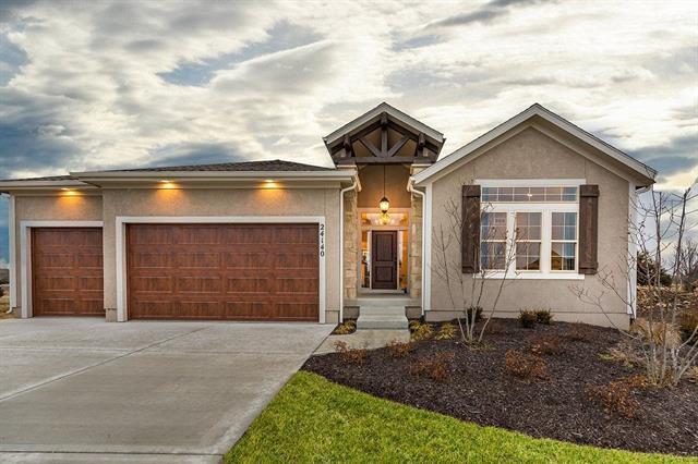 15648 W 171st Terrace, Olathe, KS 66062 (#2138974) :: No Borders Real Estate