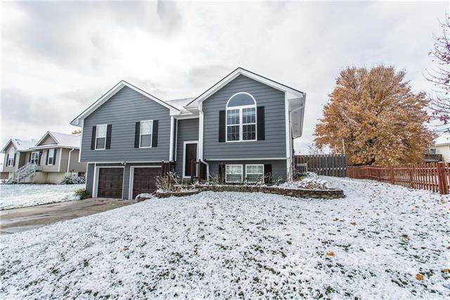 803 Garnet Circle, Smithville, MO 64089 (#2139081) :: Kansas City Homes