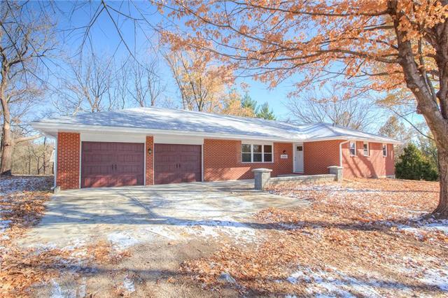 10885 N Farley Road, Platte City, MO 64079 (#2139083) :: Kansas City Homes