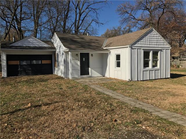 3132 Puckett Road, Kansas City, KS 66103 (#2139139) :: House of Couse Group