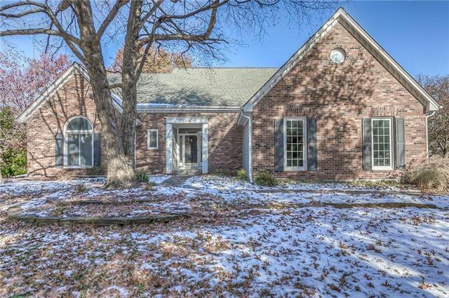 3304 W 130th Street, Leawood, KS 66209 (#2139180) :: Char MacCallum Real Estate Group