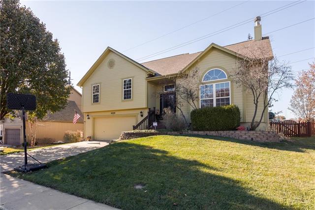 5028 Mund Road, Shawnee, KS 66226 (#2139191) :: No Borders Real Estate