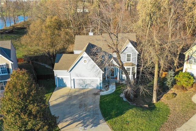 19170 W 208 Terrace, Spring Hill, KS 66083 (#2139212) :: Char MacCallum Real Estate Group