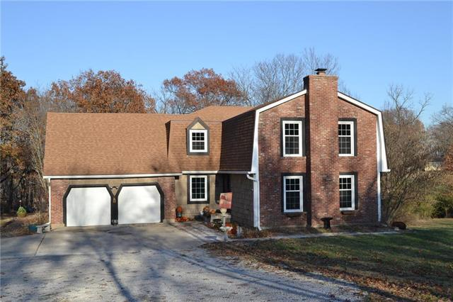 9001 N Forest Avenue, Kansas City, MO 64155 (#2139232) :: Kansas City Homes