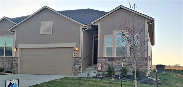 672 S Poplar Street, Gardner, KS 66030 (#2139242) :: Char MacCallum Real Estate Group