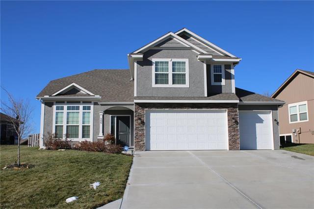 15513 Lakeside Drive, Basehor, KS 66007 (#2139297) :: The Gunselman Team
