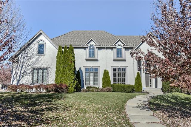15054 Oxford Street, Leawood, KS 66224 (#2139344) :: No Borders Real Estate