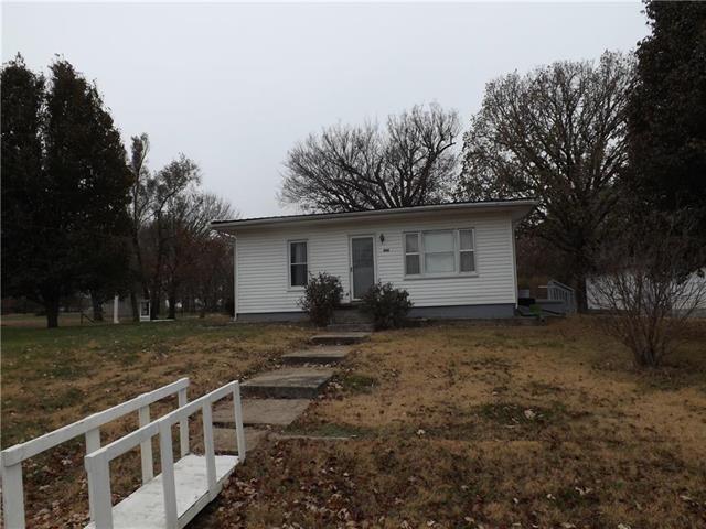 808 N Texas Avenue, Montrose, MO 64770 (#2139392) :: No Borders Real Estate