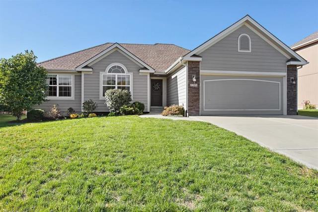 1503 NW 93rd Terrace, Kansas City, MO 64155 (#2139464) :: Team Real Estate