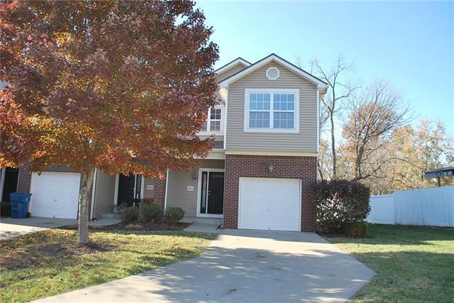 8804 Timber Creek Lane, Pleasant Valley, MO 64068 (#2139581) :: HergGroup Kansas City