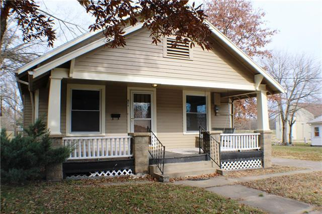 508 Lincoln Avenue, Osawatomie, KS 66064 (#2139587) :: No Borders Real Estate