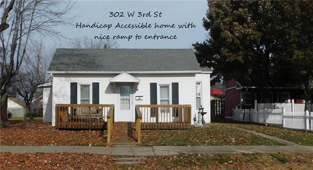 302 W 3rd Street, Holden, MO 64040 (#2139598) :: HergGroup Kansas City