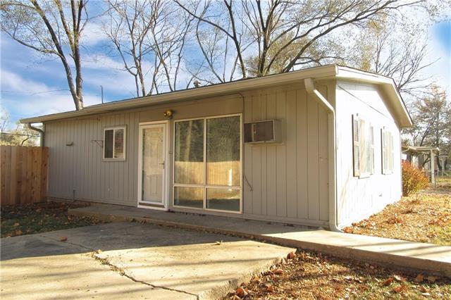 1616 Harper Street, Lawrence, KS 66044 (#2139602) :: HergGroup Kansas City