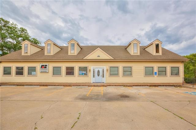 7 NW 72nd Street, Gladstone, MO 64118 (#2139613) :: The Gunselman Team