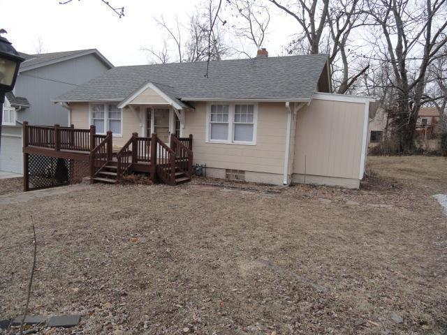 4604 NE 47th Street, Kansas City, MO 64117 (#2139627) :: Edie Waters Network