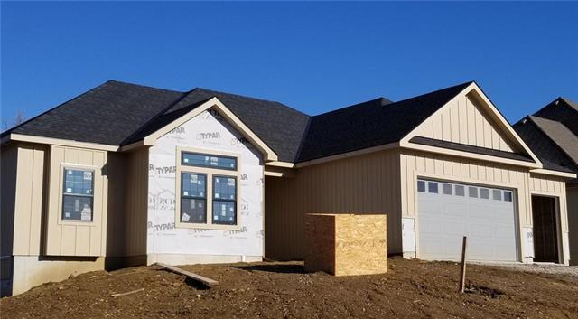 15526 Spruce Street, Basehor, KS 66007 (#2139630) :: Team Real Estate