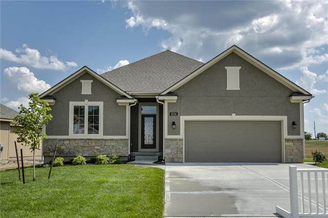 11129 N Euclid Avenue, Kansas City, MO 64155 (#2139656) :: House of Couse Group