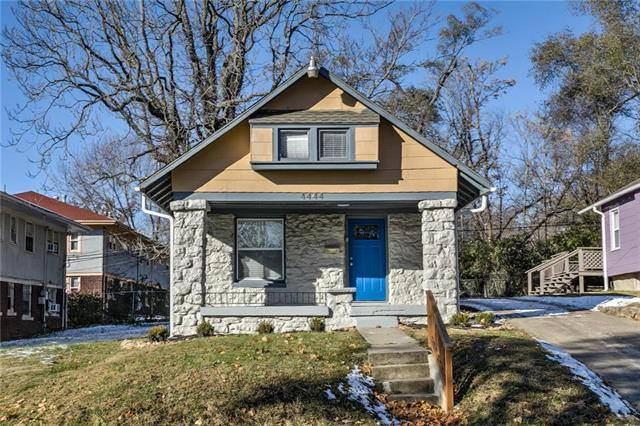 4444 Virginia Avenue, Kansas City, MO 64110 (#2140154) :: Edie Waters Network