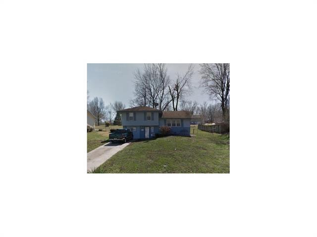 9011 E 89th Street, Kansas City, MO 64138 (#2140224) :: Edie Waters Network