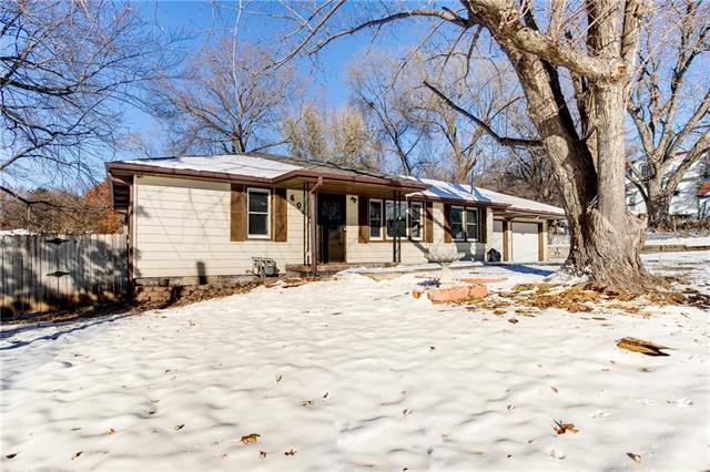 6040 Edith Avenue, Kansas City, KS 66104 (#2140300) :: Team Real Estate