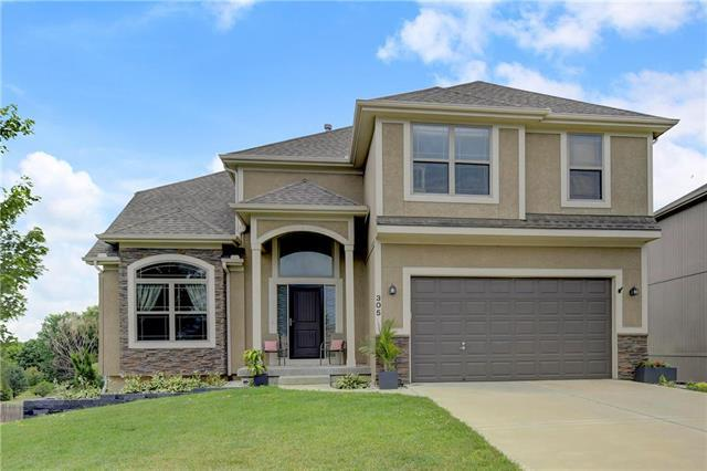 305 Mulberry Drive, Raymore, MO 64083 (#2140430) :: No Borders Real Estate